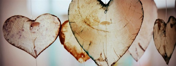 love hearts banner (600 x 226).jpg